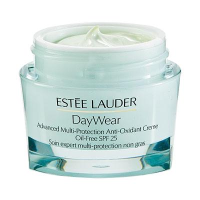 0412_beauty-picks-s-moisturizer-estee-lauder-l